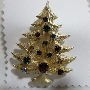 Christmas Tree Brooch Pin Gold Tone Rhinestones
